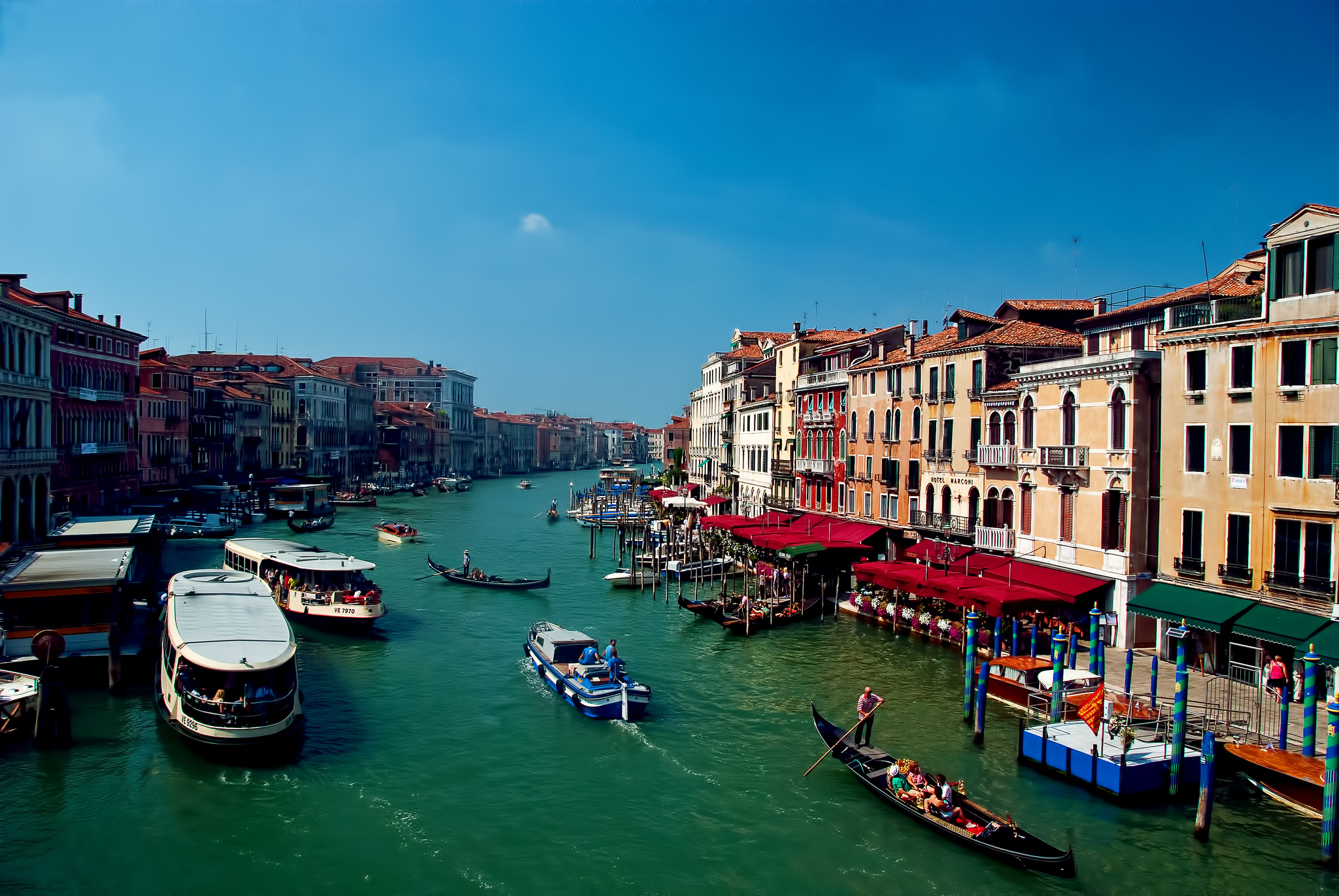 Planning A Long Weekend In Venice? Here's How To Get It Right