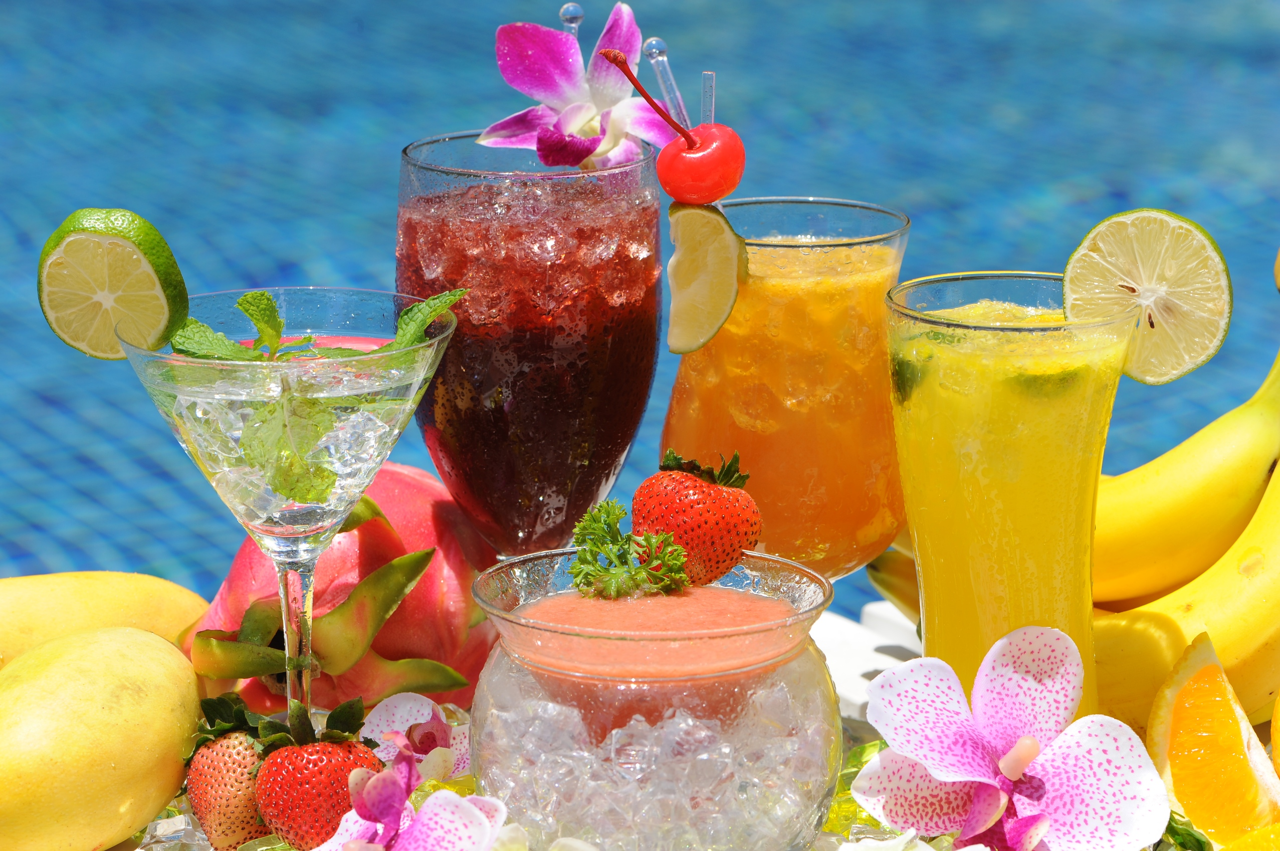 15 Refreshing Drinks for Summer
