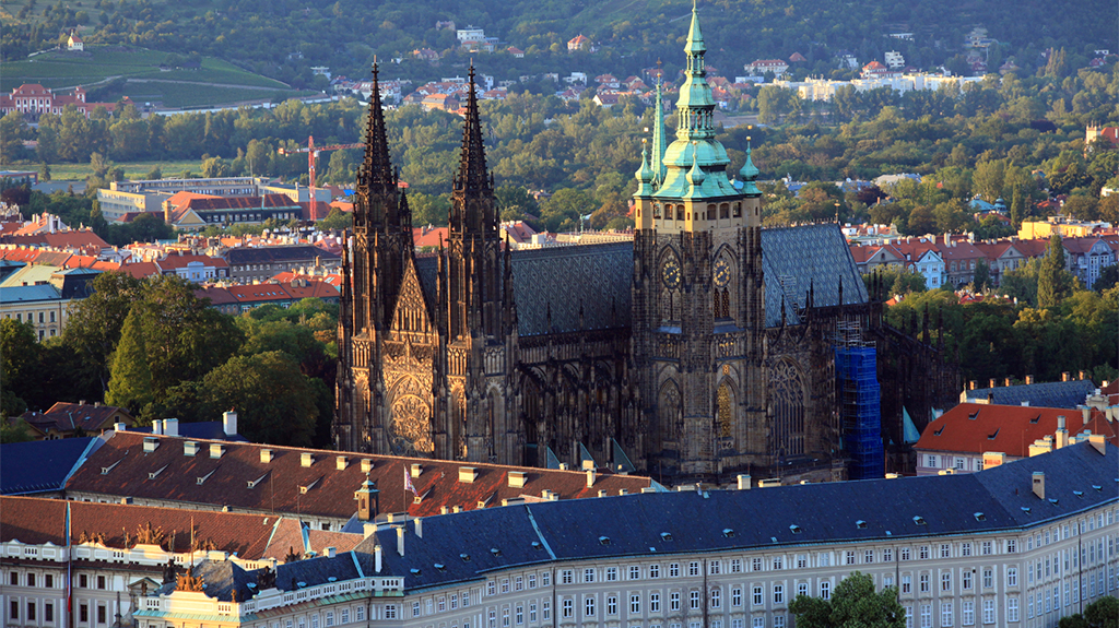 5 Must See Spots to Visit When Traveling in Europe