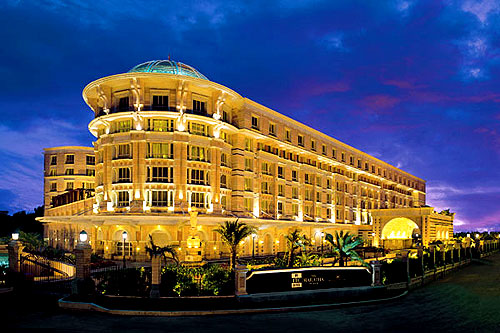 Some of The Famous 5 Star Hotels in the World