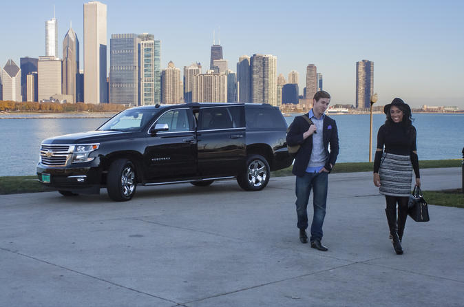 How To Pick A Suitable Limo Service When Doing Airport Transfers In Chicago
