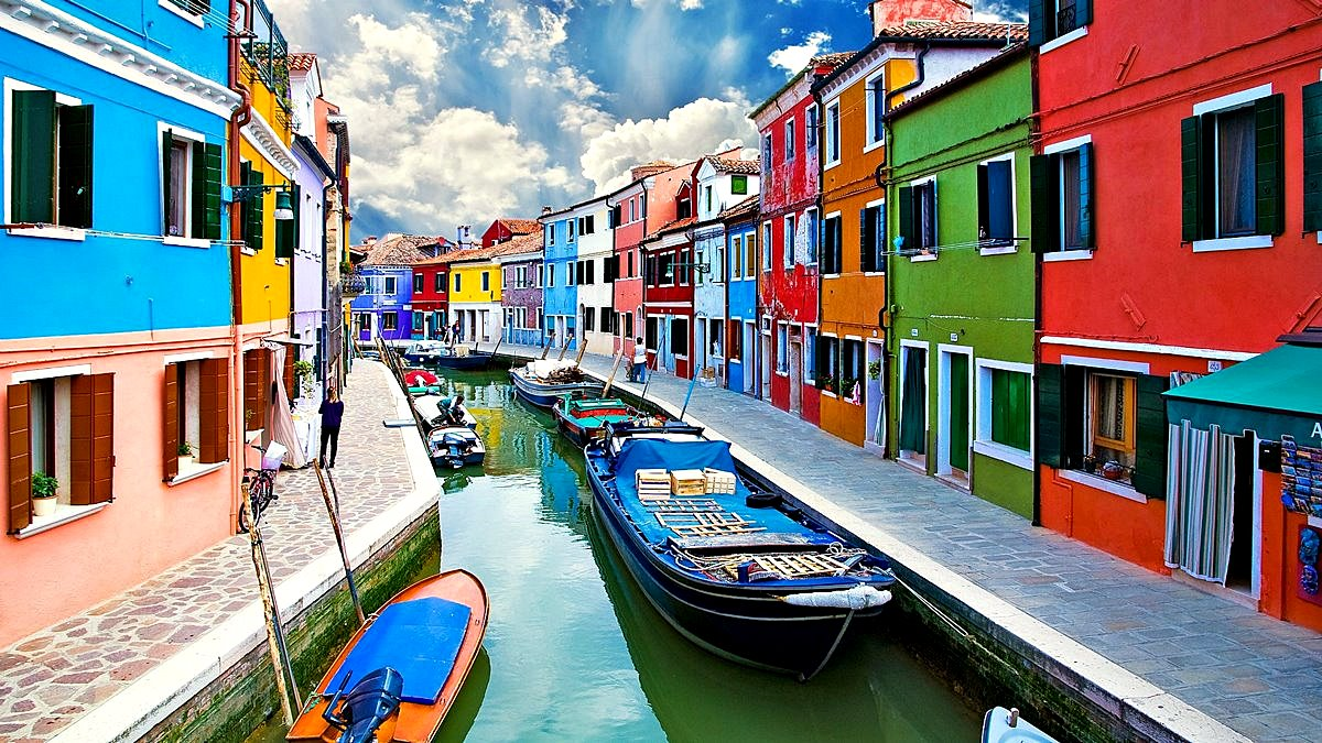 The Most Colorful Tourist Destinations in Europe